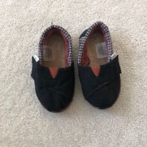 Toms Baby Shoes T5